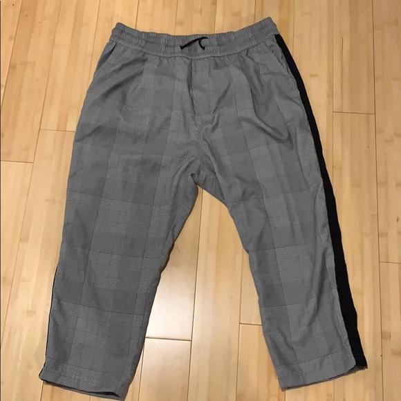 2/30🤑 H&M pants